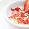 糖質制限にヨーグルトはOK?糖質を抑えた食べ方やおすすめトッピングと注意点まで