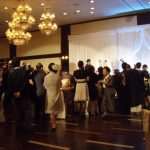 50代女性の結婚式での服装はどうすべき?おすすめドレスや選び方